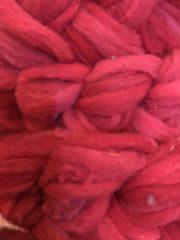 Debouillet Roving - Crape Myrtle Red